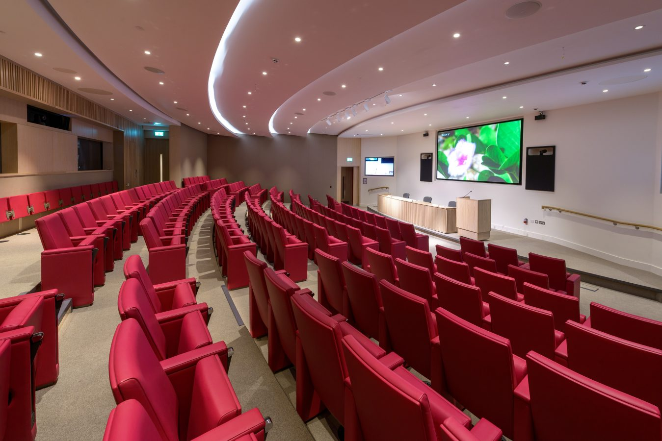 Audio Visual Integration for Corporate Lecture Theatre | Snelling