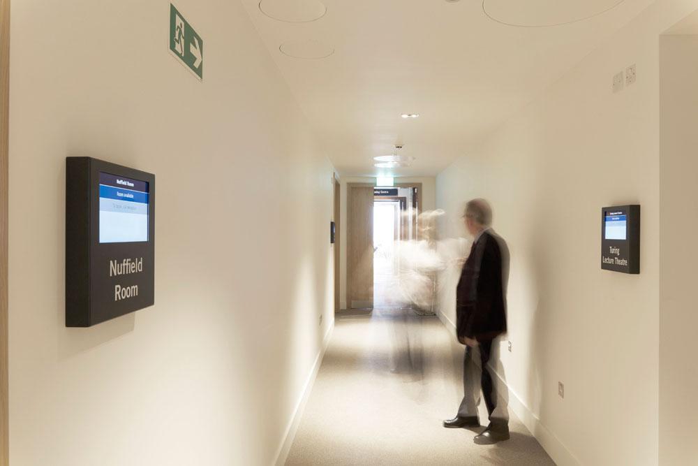 Digital Signage   Snelling   Corporate