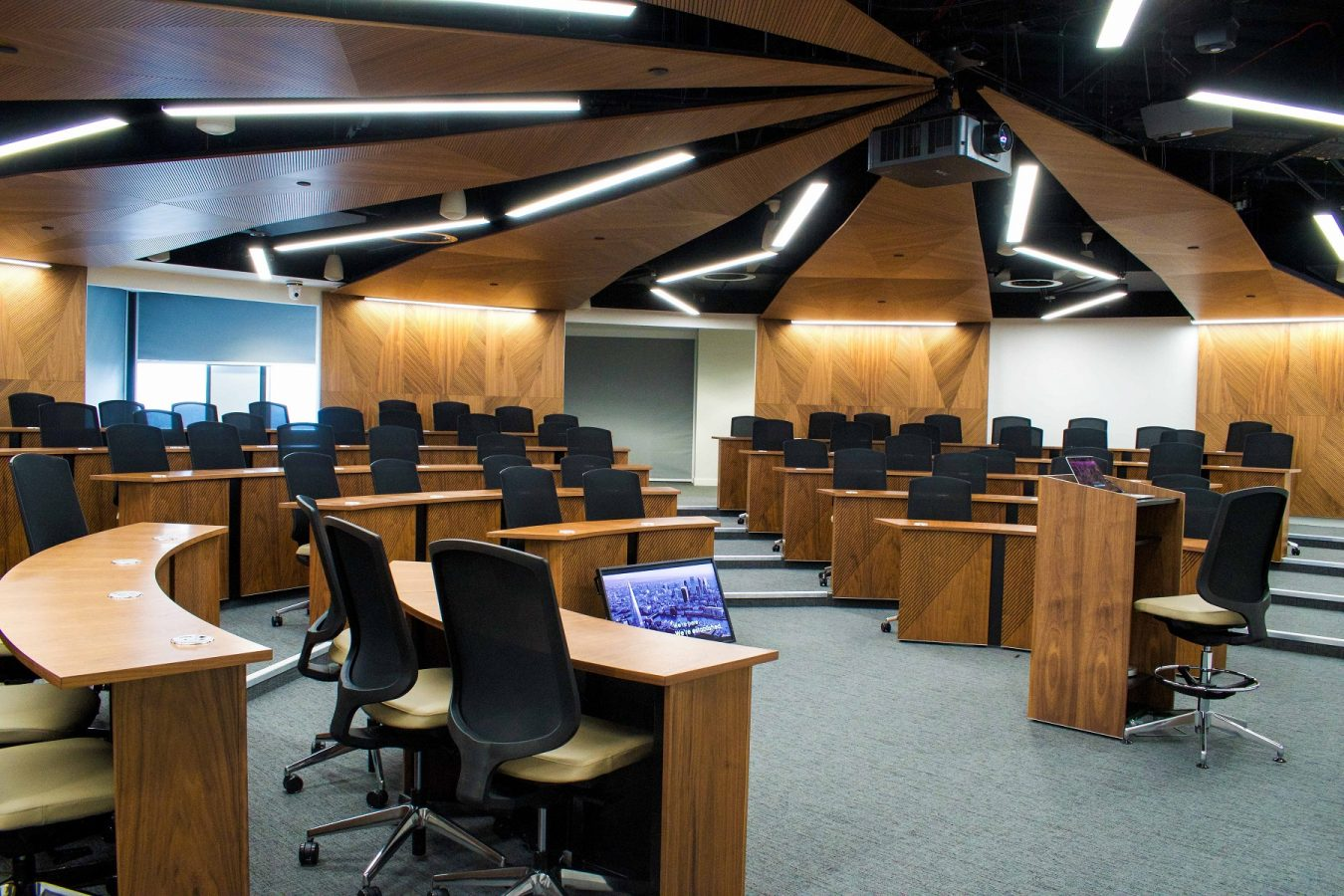 UCL Management School Case Study|Seminar Room | Snelling
