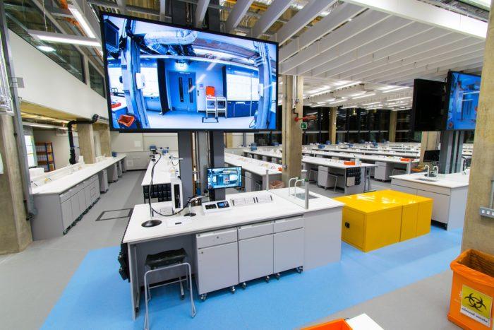 Superlab Anglia Ruskin University Science Centre 2