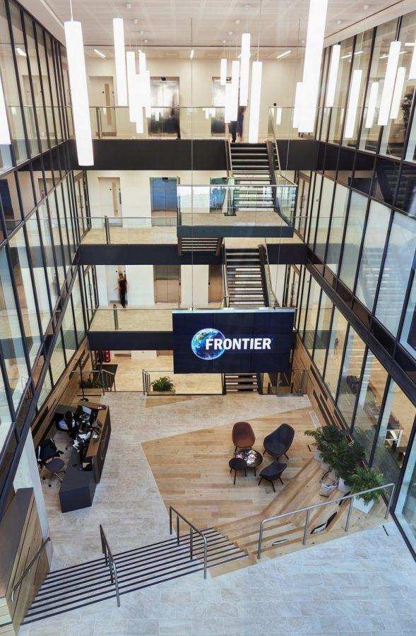 Flying Video Wall   Frontier Developments